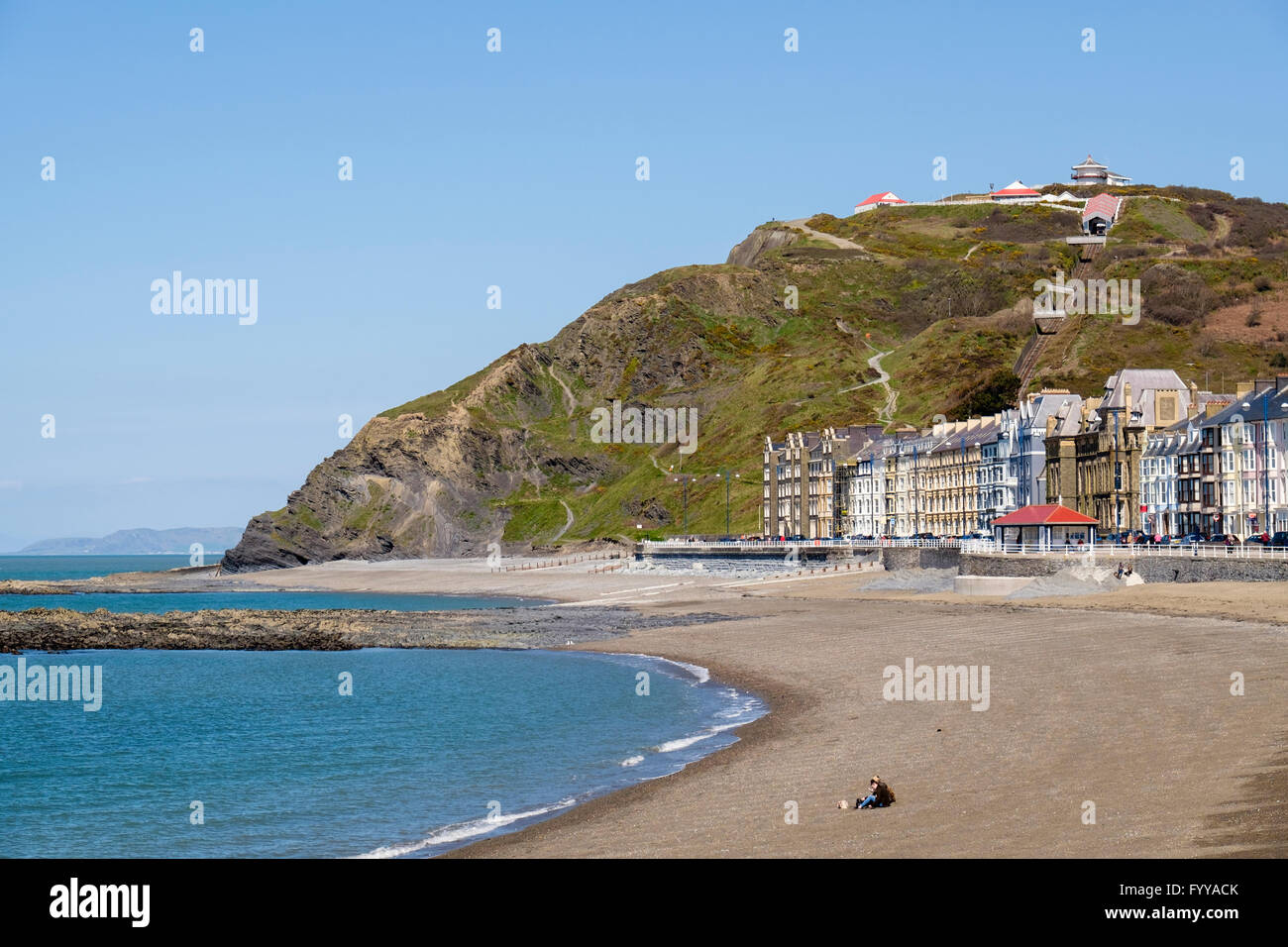 North beach and seafront buildings on Marine Terrace in Cardigan Bay below cliff railway on Constitution Hill. Aberystwyth - Stock Image