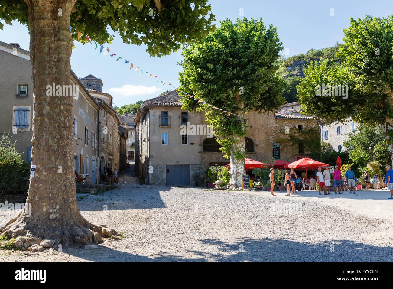 The village square in Labeaume, Ardèche, France - Stock Image