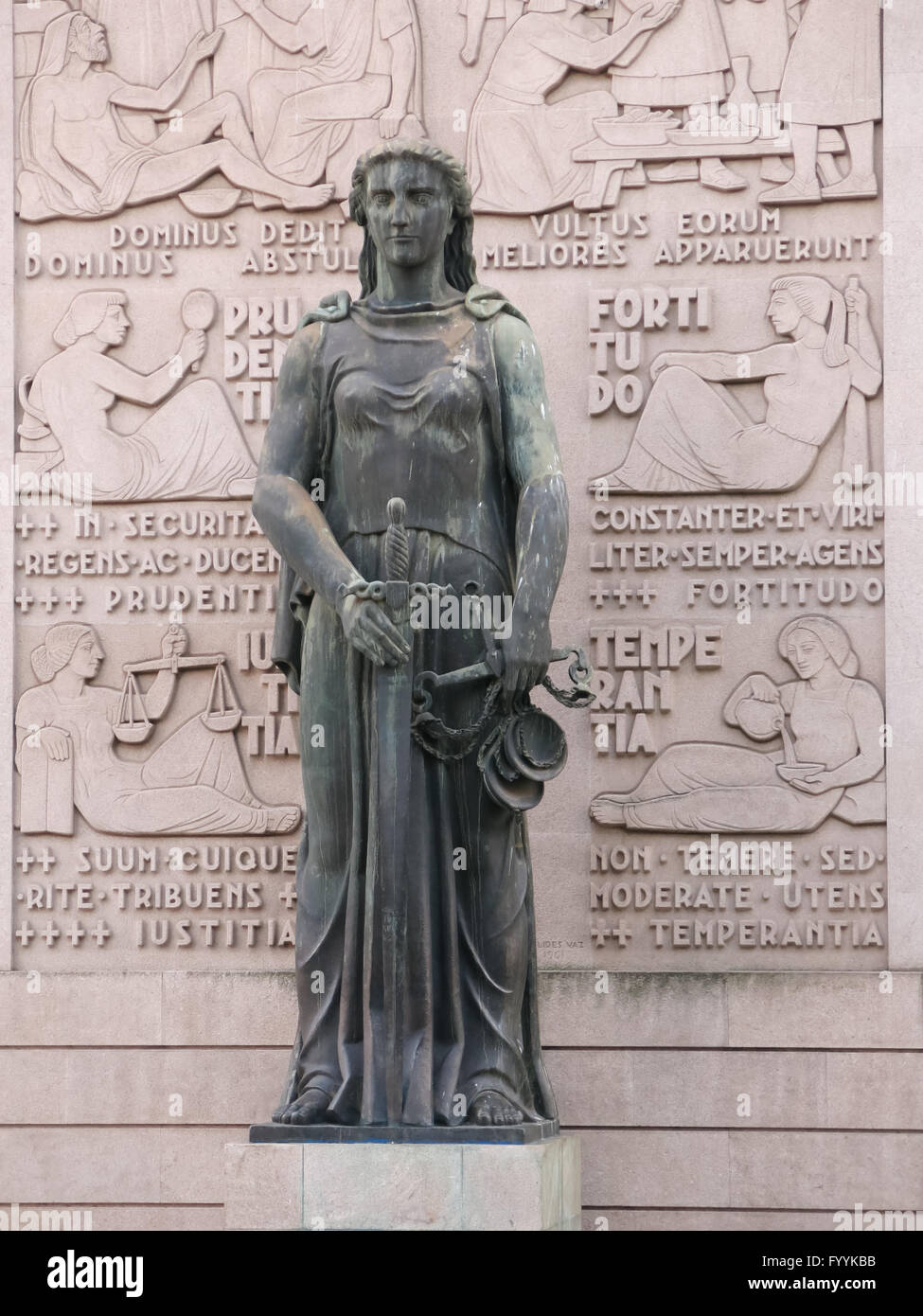 Lady Justice statue in front of Court of Justice building in Porto, Portugal - Stock Image