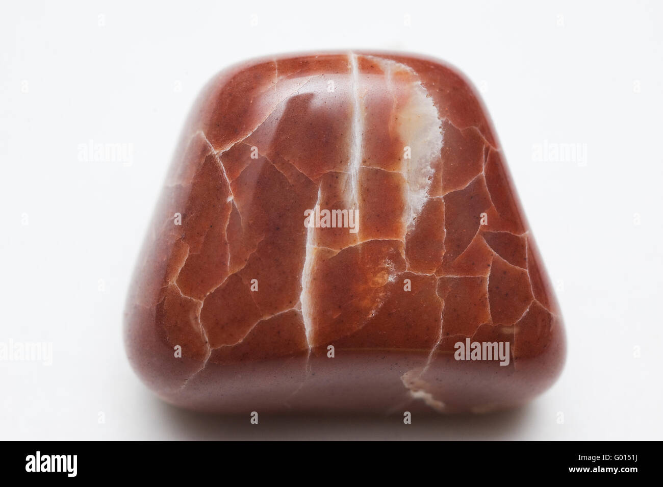 Fractured Jasper (SiO2) Microcrystalline Quartz, Pebble (1 inch high) Puget Sound, Washington - Stock Image