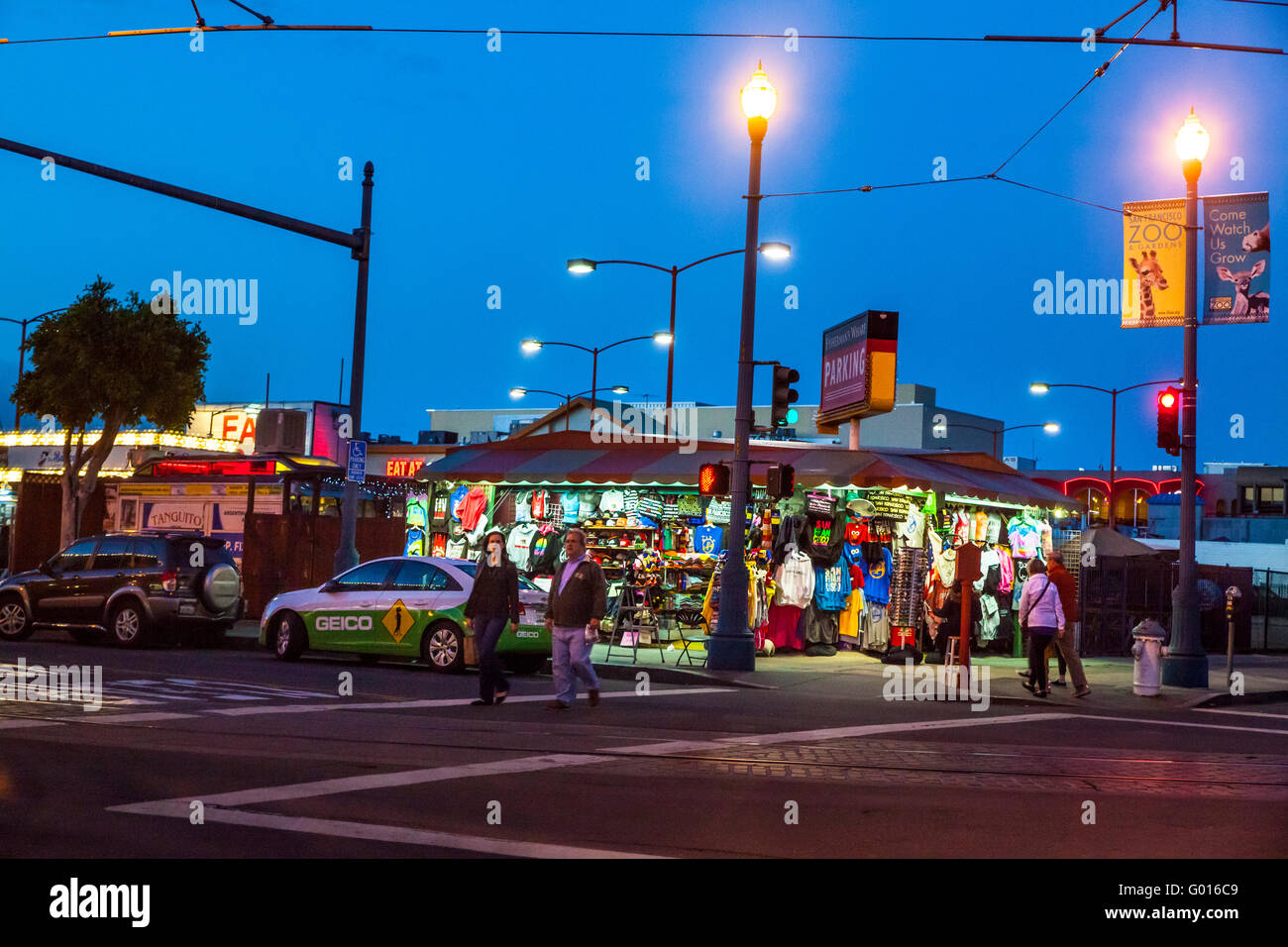 A souvenir shop in the Fisherman's Wharf area of San Francisco California - Stock Image