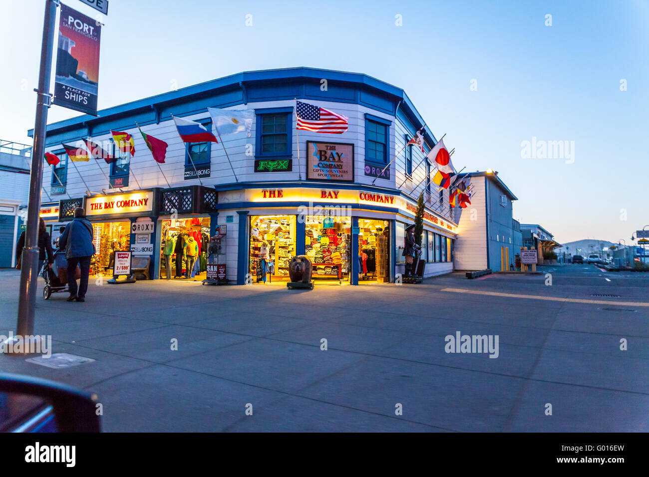 The Bay Company souvenir shop at Fisherman's wharf in San Francisco California - Stock Image
