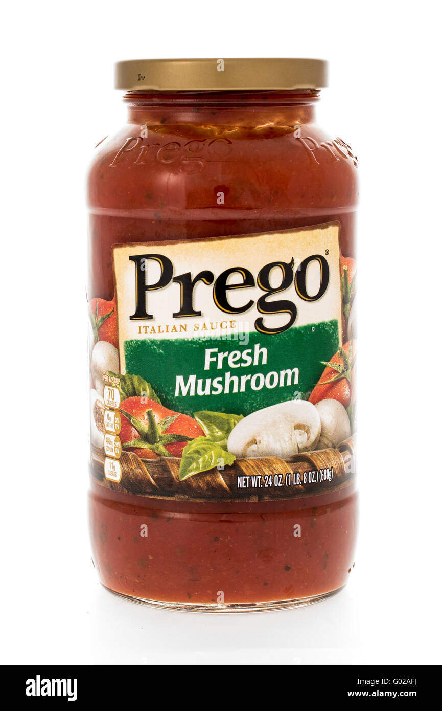 Winneconne, WI - 7 February 2015:  Jar of Prego Fresh Mushroon flavored pasta sauce. - Stock Image