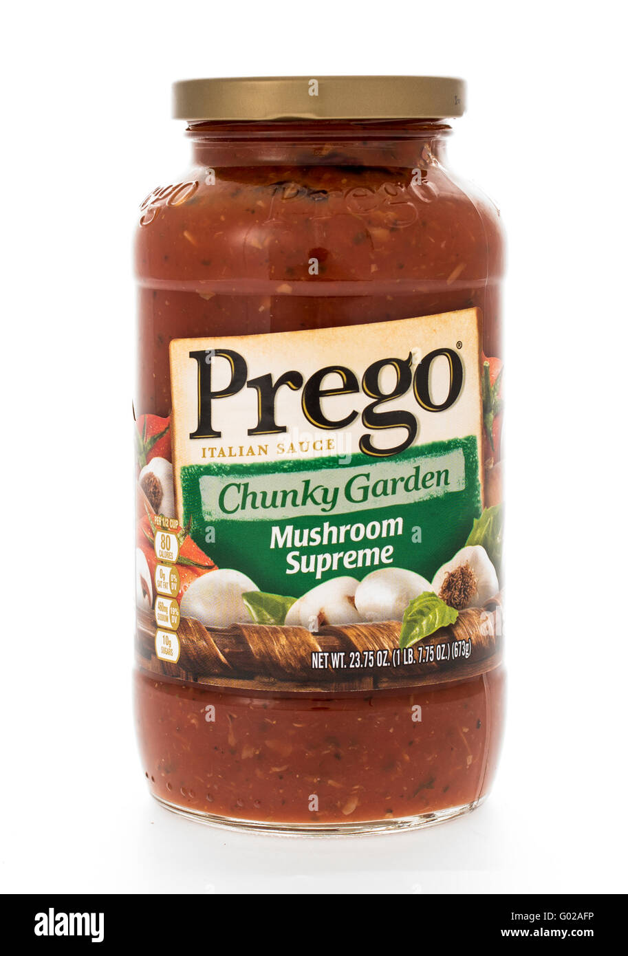 Winneconne, WI - 7 February 2015:  Jar of Prego  Chunky Garden Mushroon Supreme flavored pasta sauce. - Stock Image