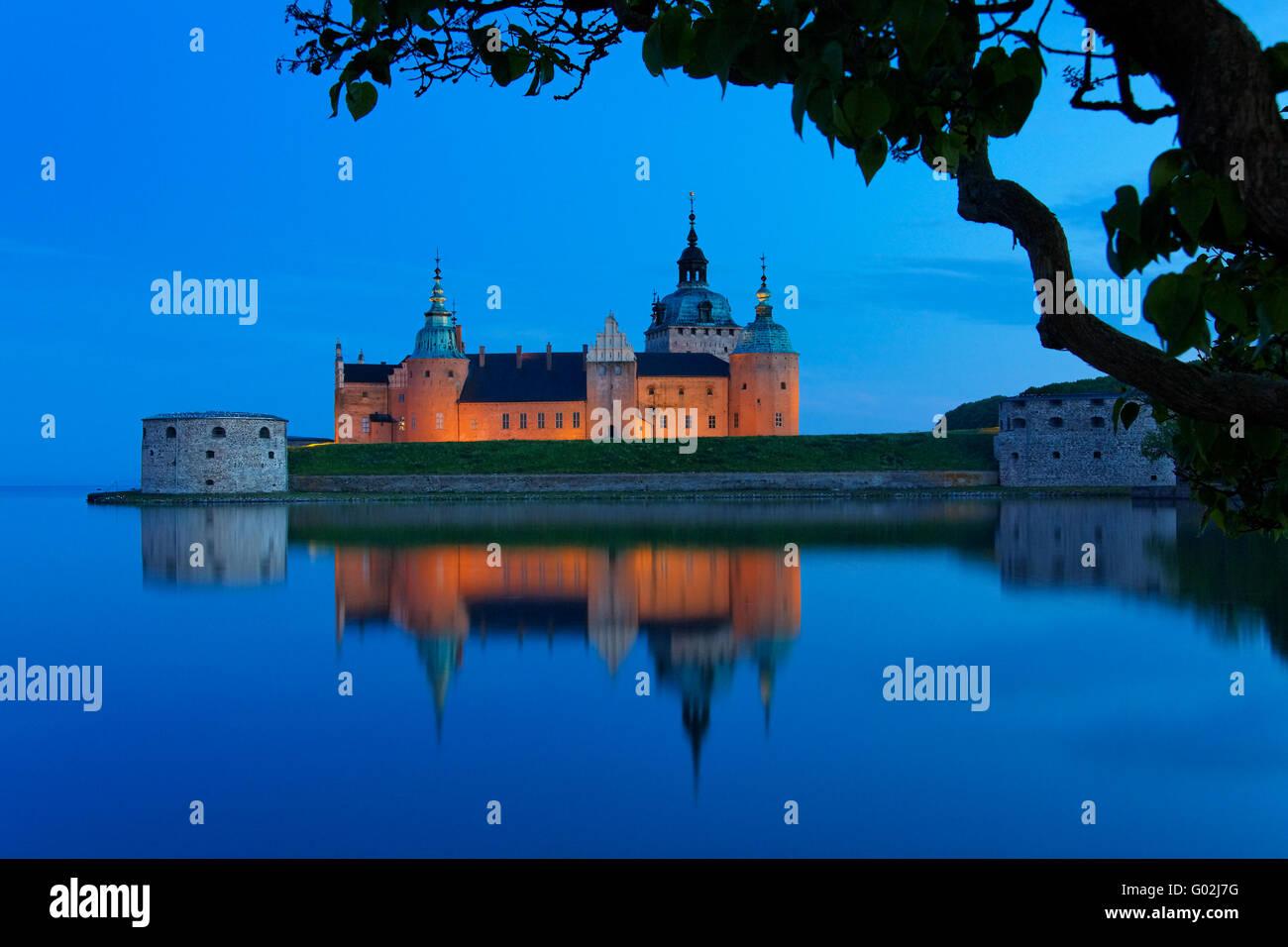 Kalmar Castle at night - Stock Image
