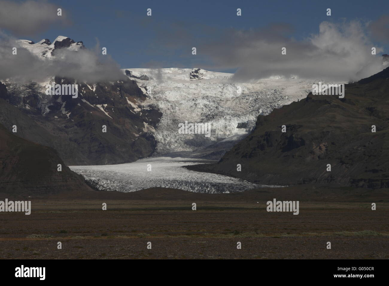 Svínafellsjökull is one of the outlet glaciers (glacier tongues) of the Vatnajökull ice cap. Skaftafell - Stock Image
