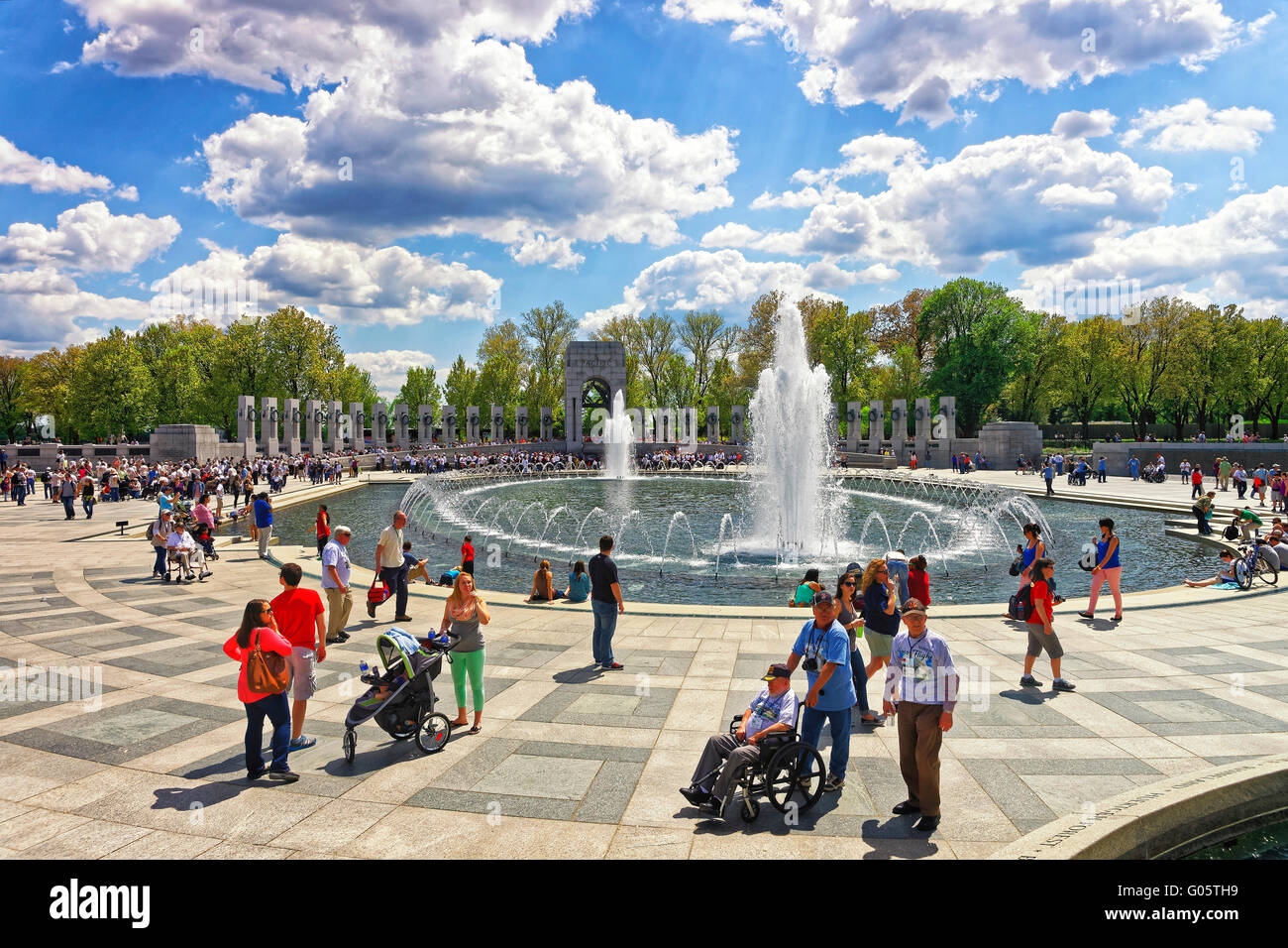 Washington DC, USA - May 2, 2015: Tourists and War Veterans and guardians of Honor Flight nonprofit organization - Stock Image