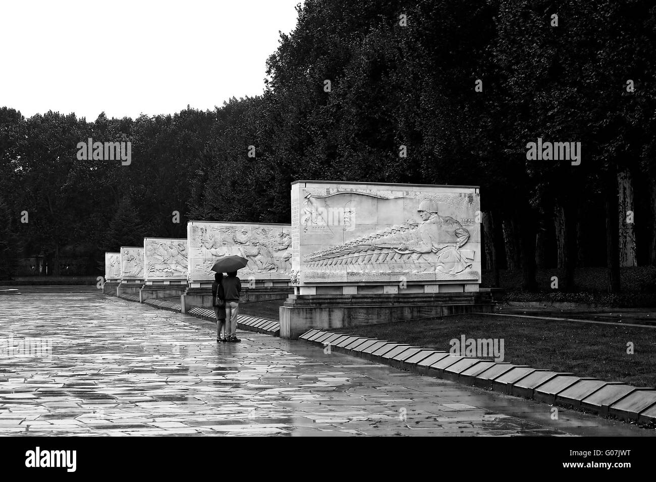 In the rain at a Memorial - Stock Image