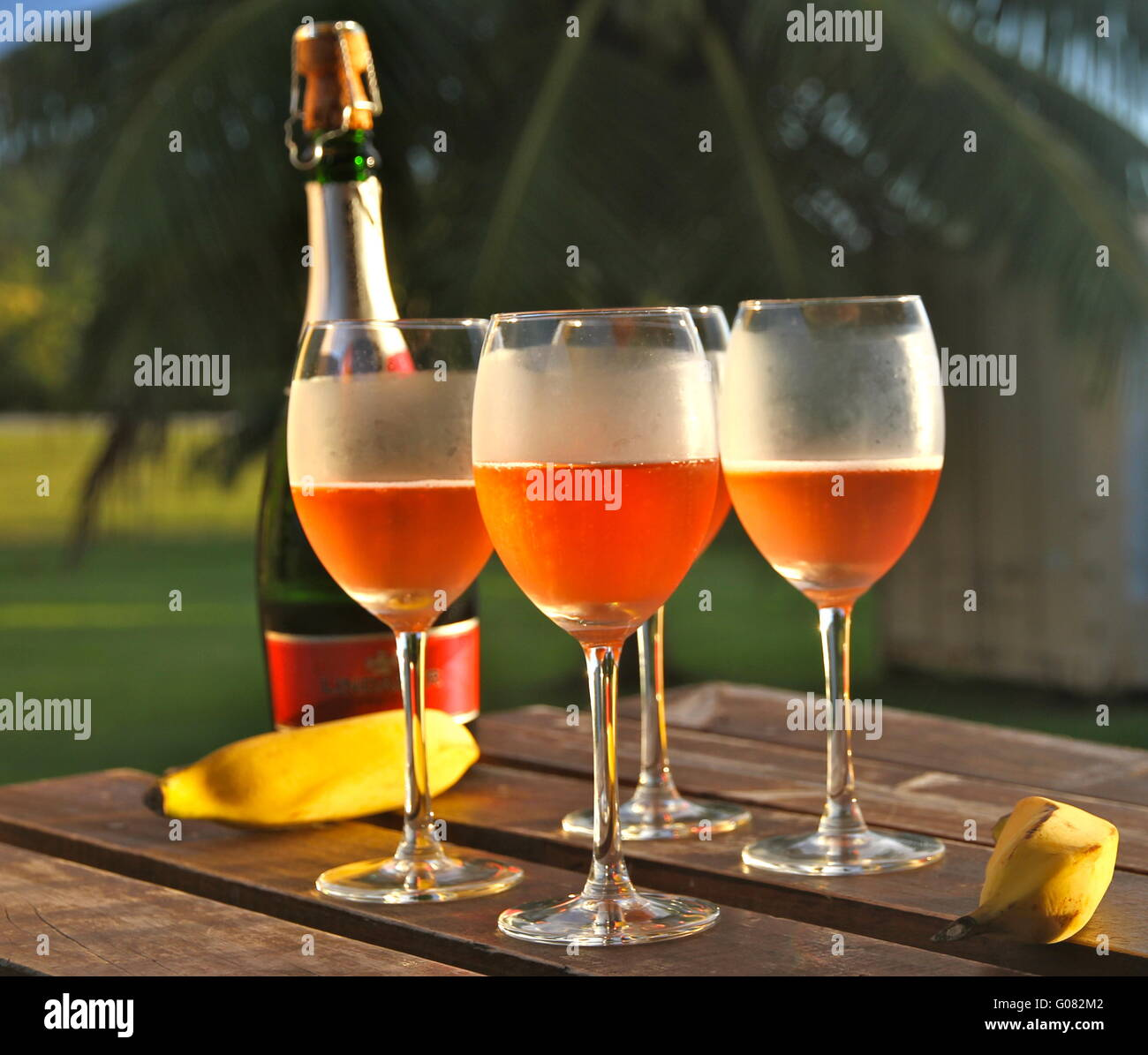 glasses of wine in the evening light - Stock Image