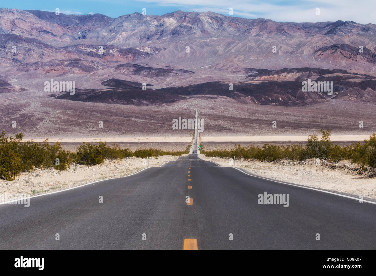 Highway 190 through Panamint Valley Stock Photo