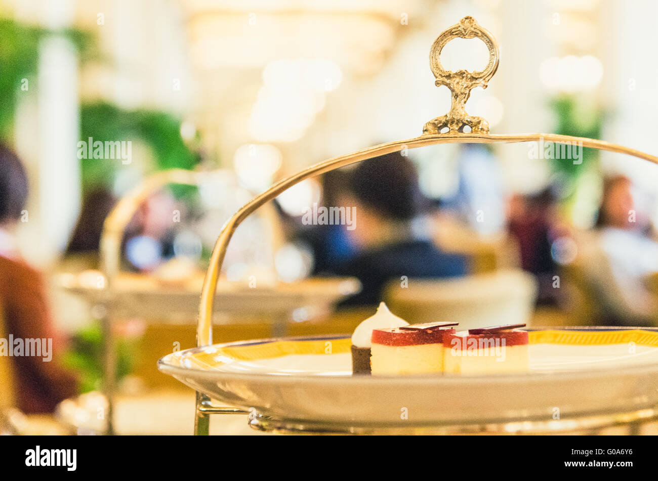 Afternoon High Tea Time at Peninsula Hong Kong - Stock Image