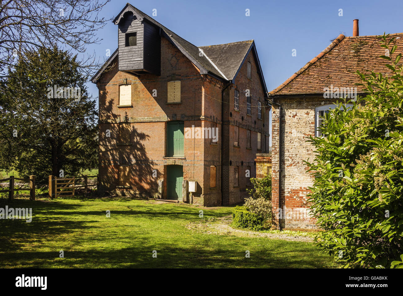 Old Disused Mill Stanford End Heckfield Berkshire - Stock Image