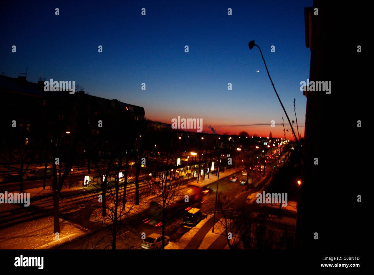 Sonnenuntergang, Bornholmer Strasse, Berlin-Prenzlauer Berg. - Stock Image