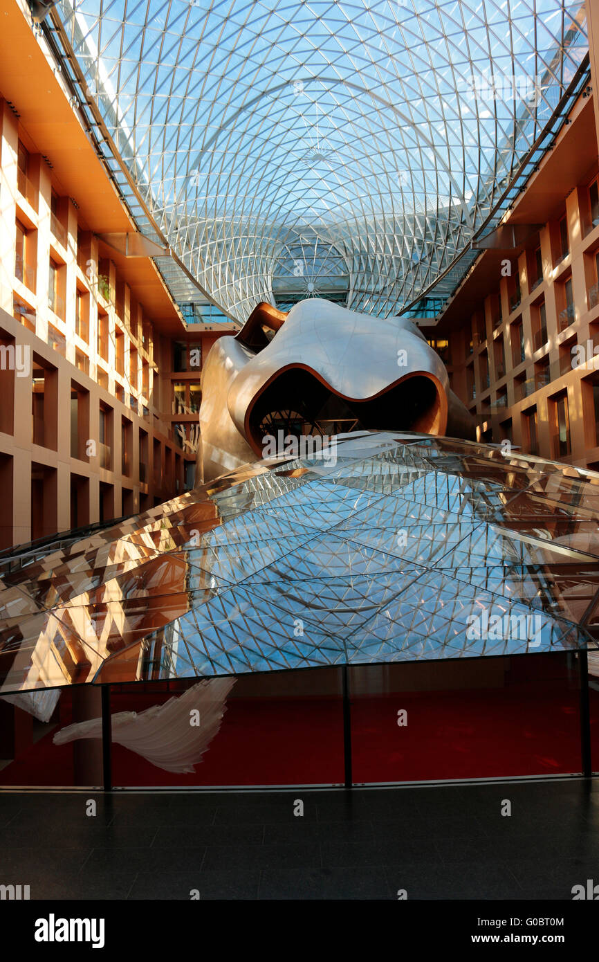 das Innere der von Frank Gehry entworfenen DZ Bank, Berlin. - Stock Image