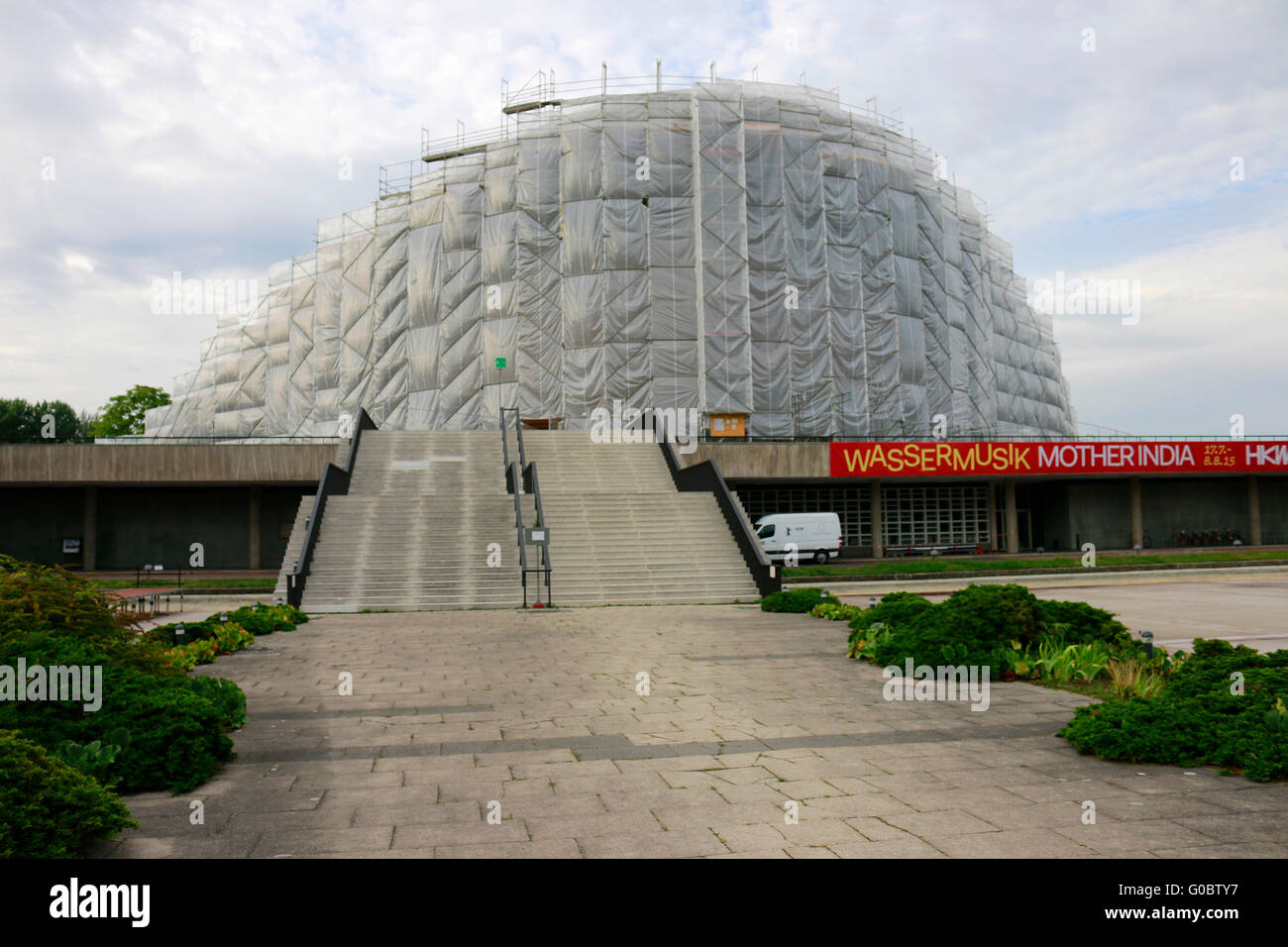 das eingeruestete Haus der Kulturen der Welt, Berlin. - Stock Image