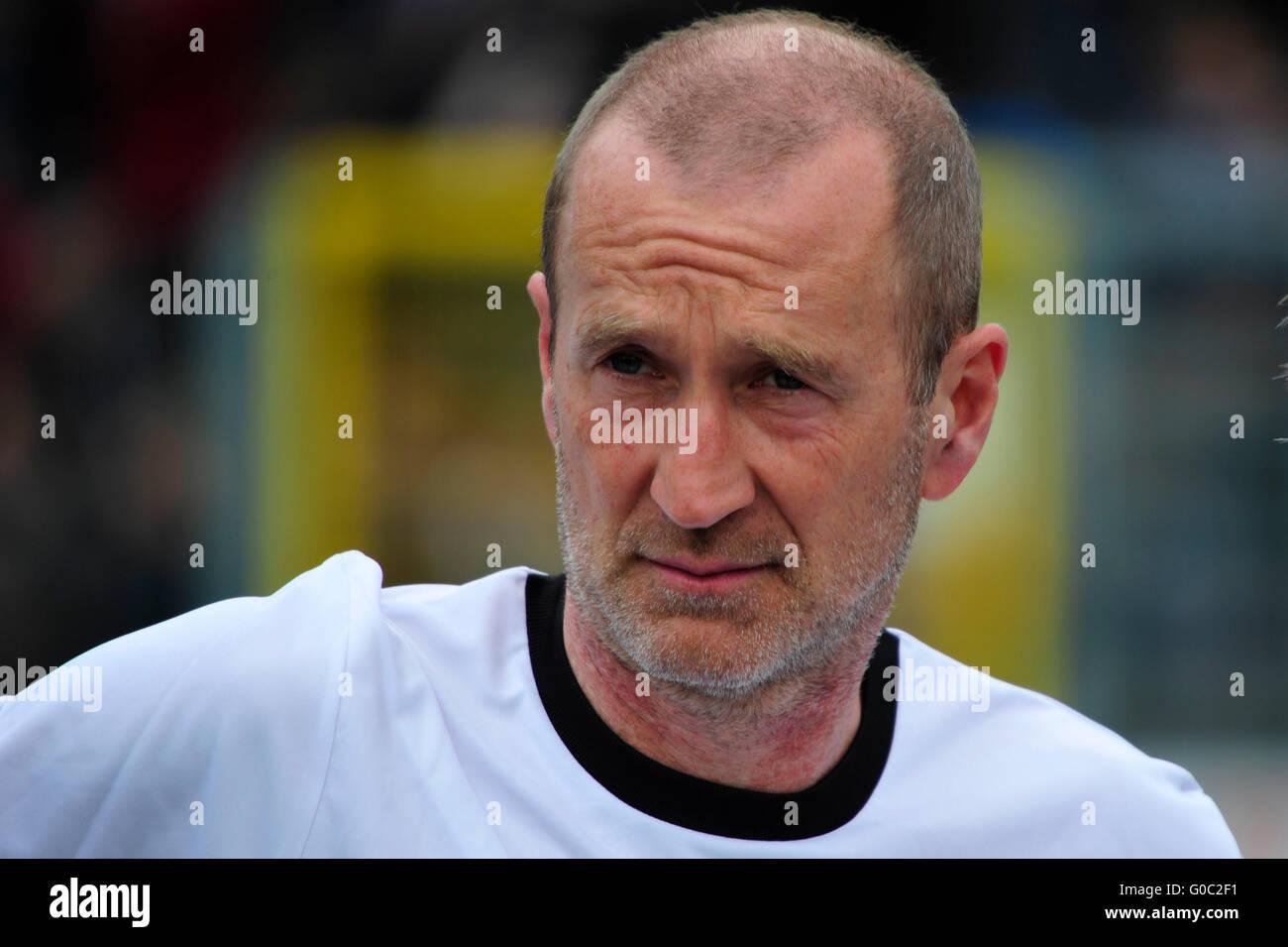 Deutschland, Hamburg, Benefiz-Fußballspiel 'Kicken mit Herz' beim SC Victoria: Schauspieler Peter Lohmeyer. - Stock Image