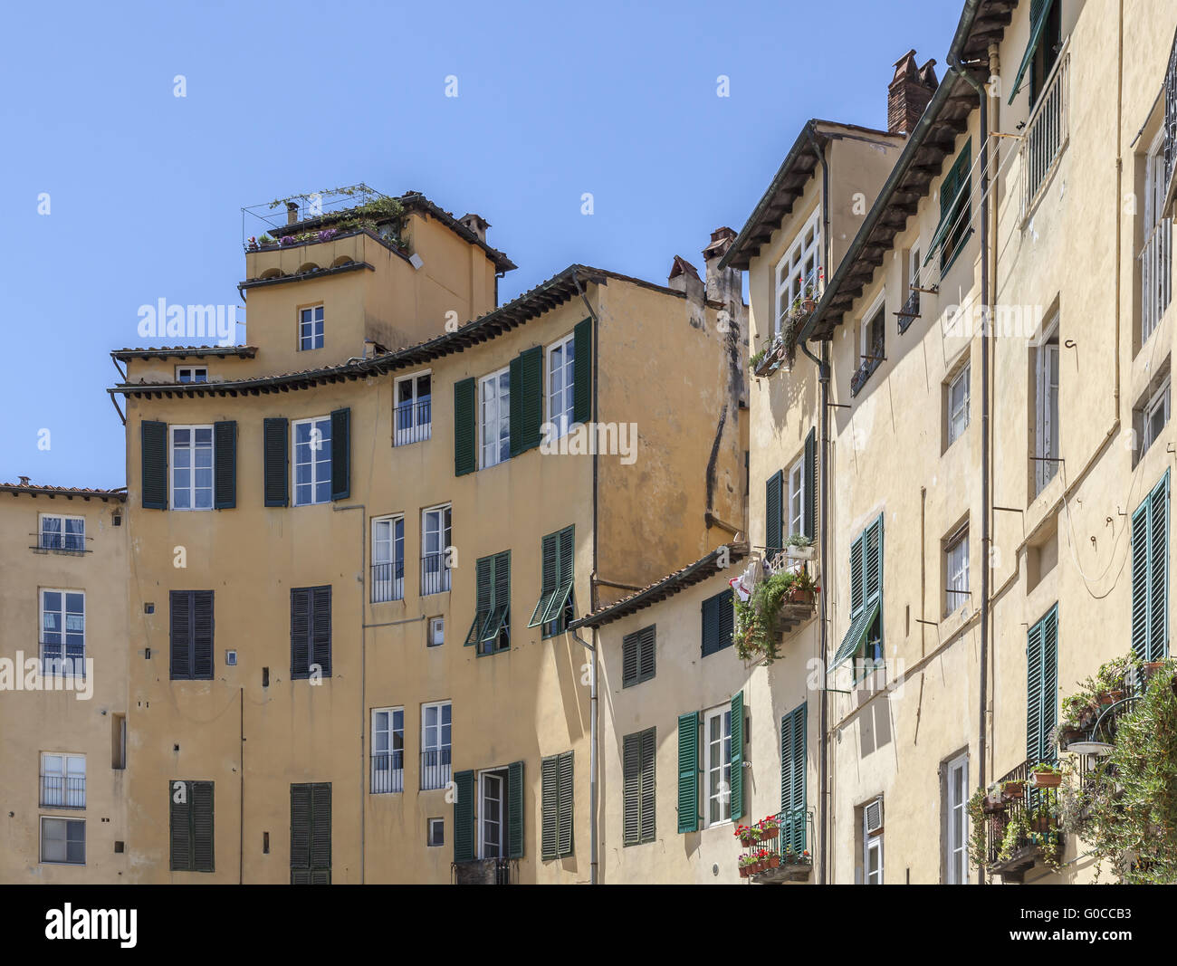 Lucca, Piazza Anfiteatro, a formerly Roman theatre - Stock Image