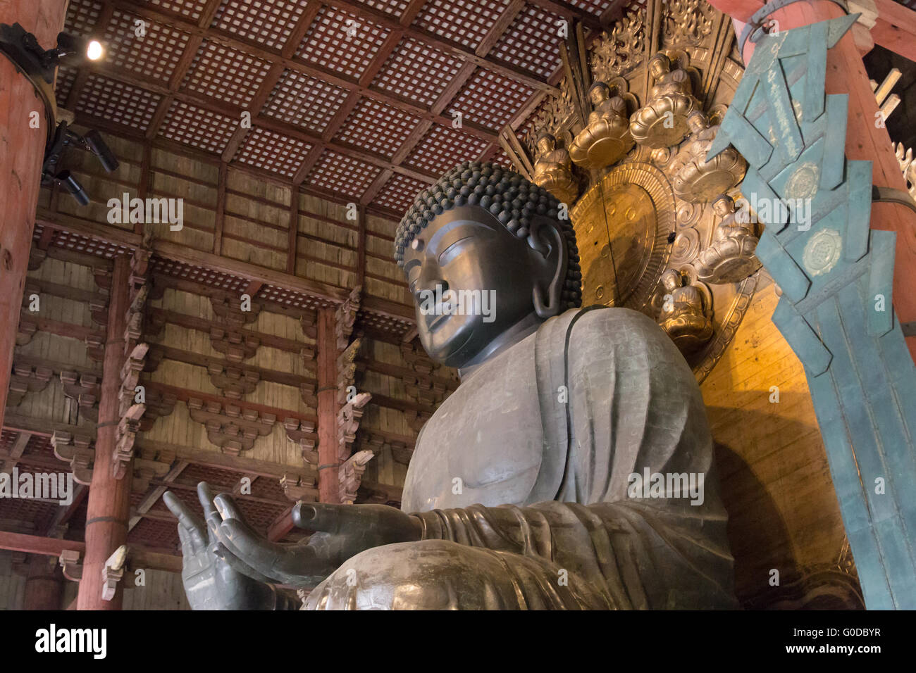 World largest bronze buddha statue in the Todai-ji temple in Nara, Japan. - Stock Image