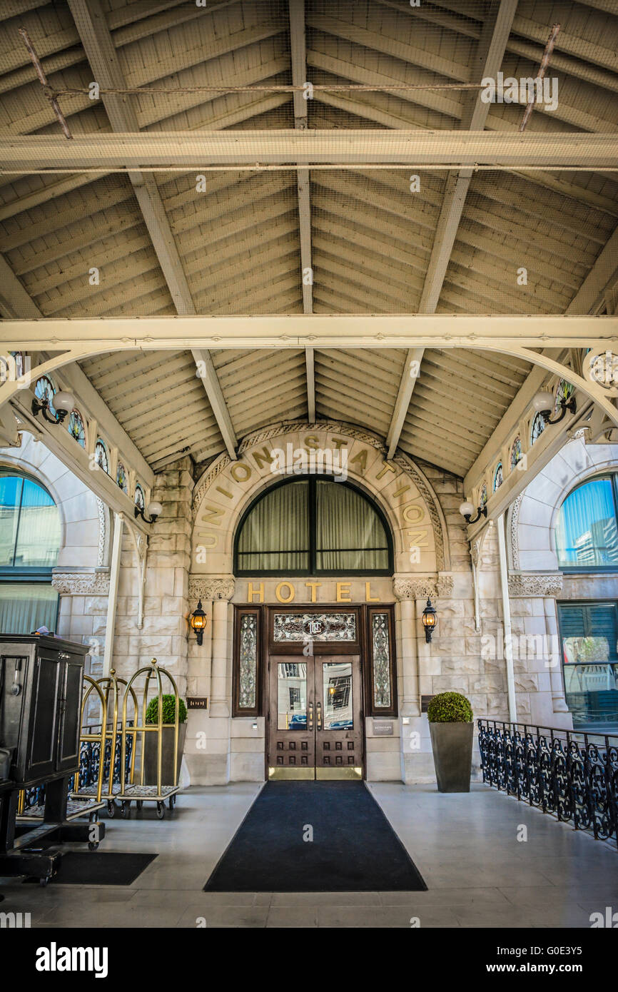 Union Station Hotel, beautifully restored former L&N Railroad station is a Neo-Romanesque architectural gem - Stock Image