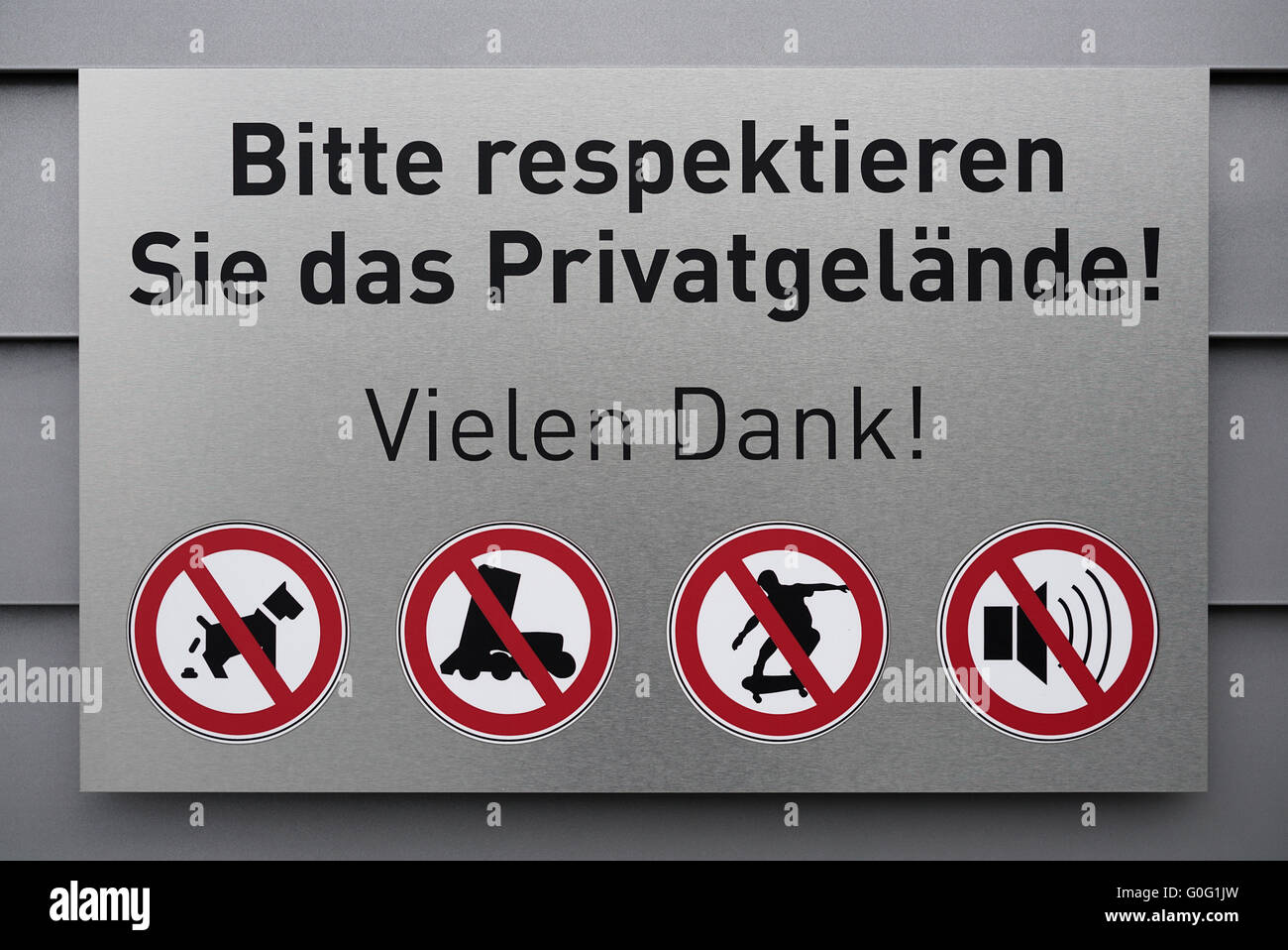 Prohibitive sign on a private property - Stock Image