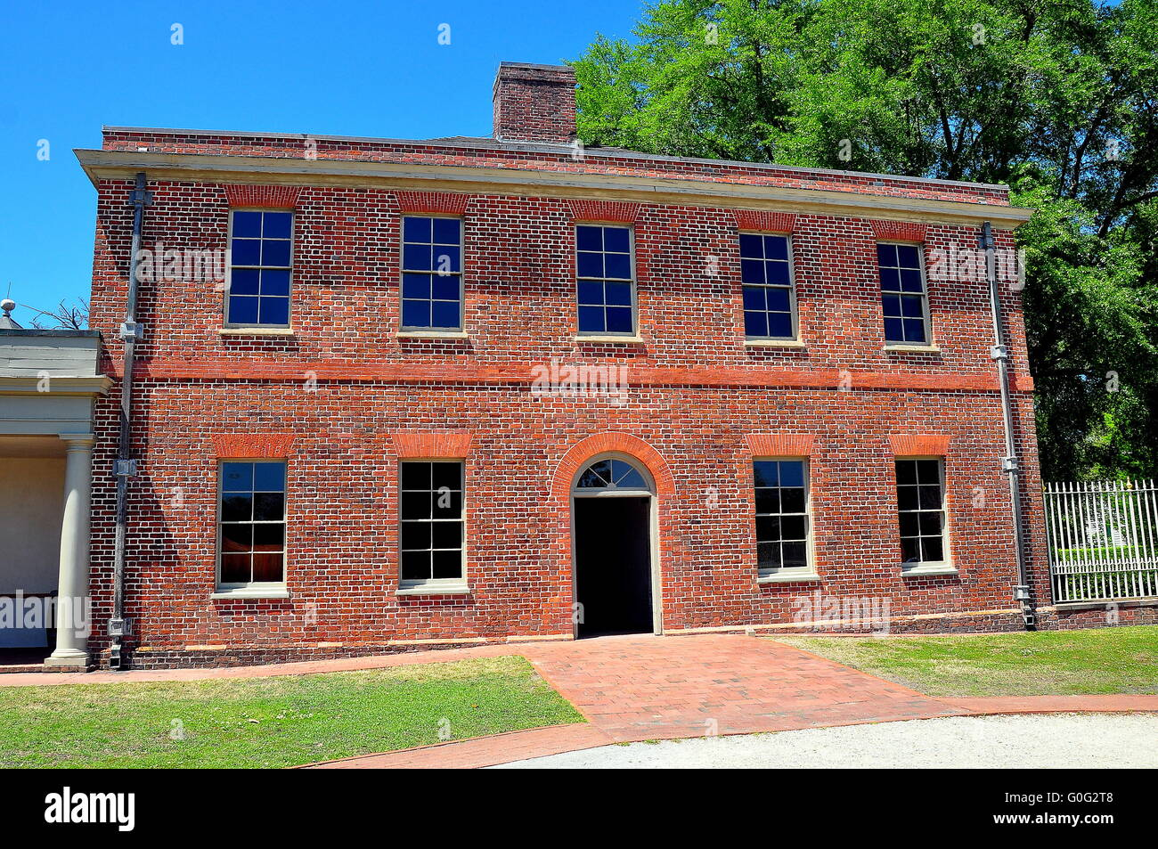 New Bern, North Carolina :   Georgian brick Stables Wing at historic 1770 Tryon Palace * - Stock Image