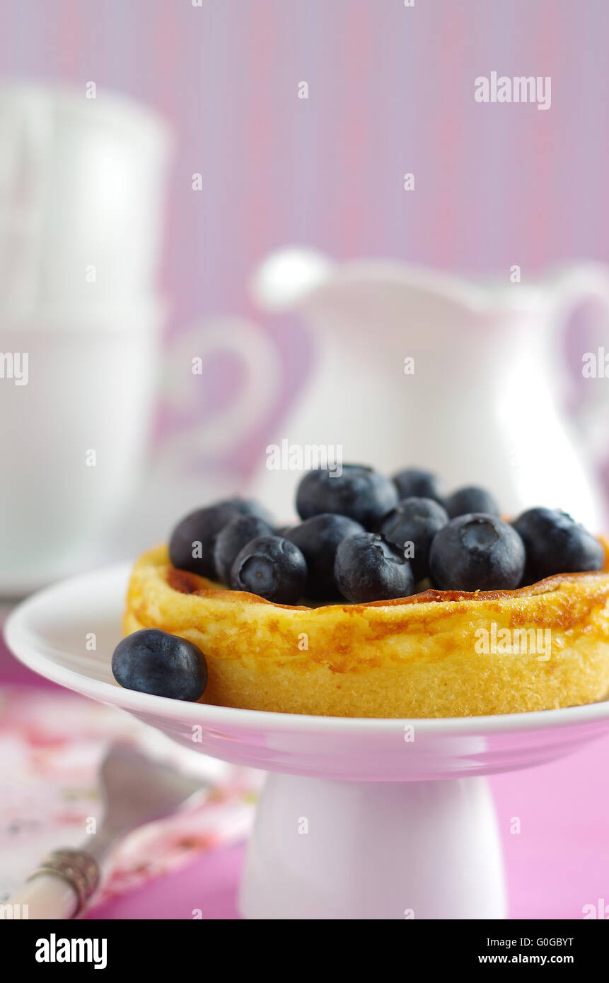 cheesecake with blueberries - Stock Image