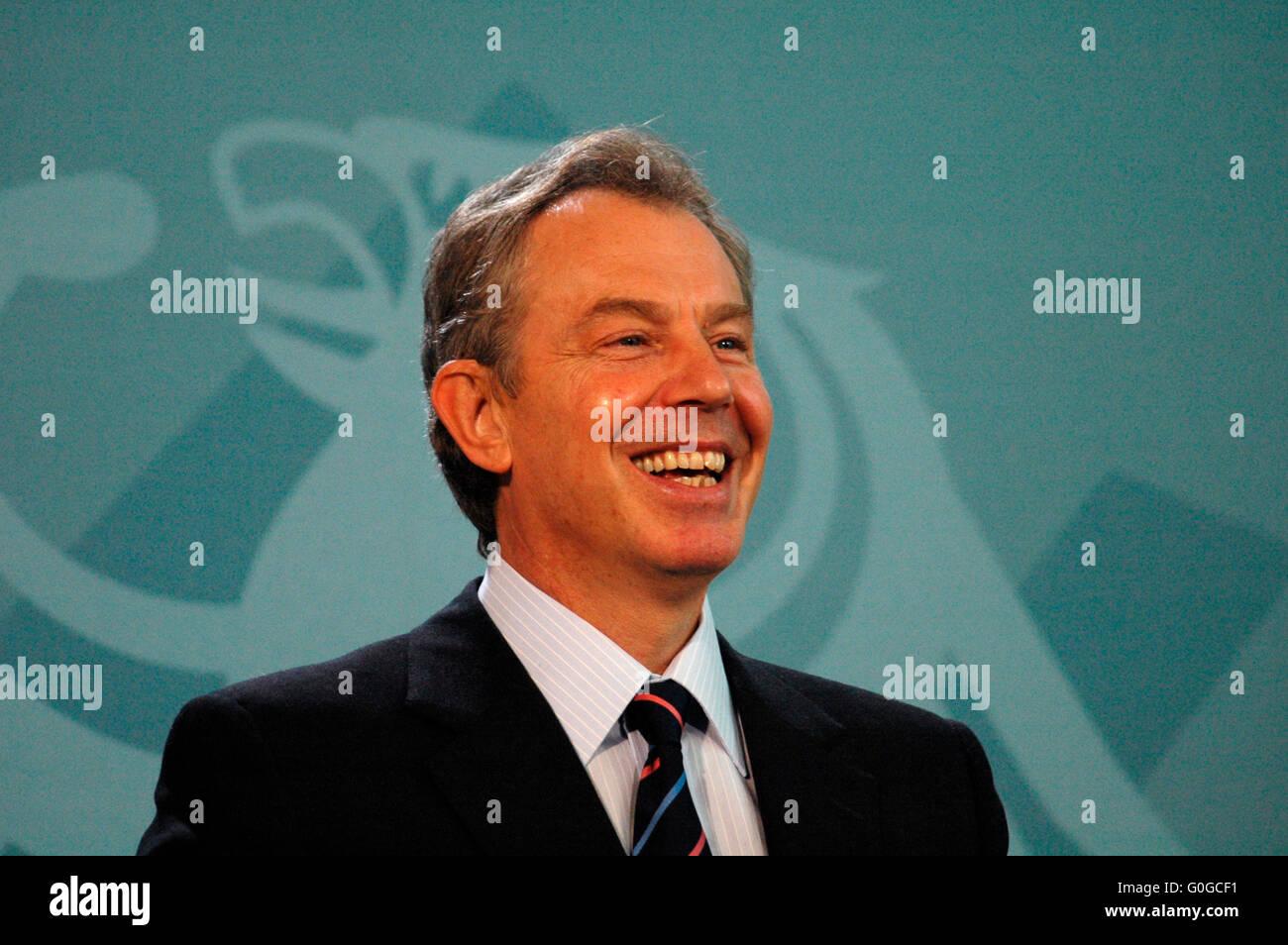 Tony Blair - Ptresseunterrichtung nach einem Treffen zwischen der deutschen Bundeskanzlerin mit dem britischen Premierminister - Stock Image