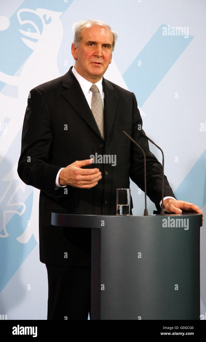 Otmar Hasler - Treffen der dt. Bundeskanzlerin mit dem Regierungschef des Fuerstentums Liechtenstein, Bundeskanzleramt, - Stock Image