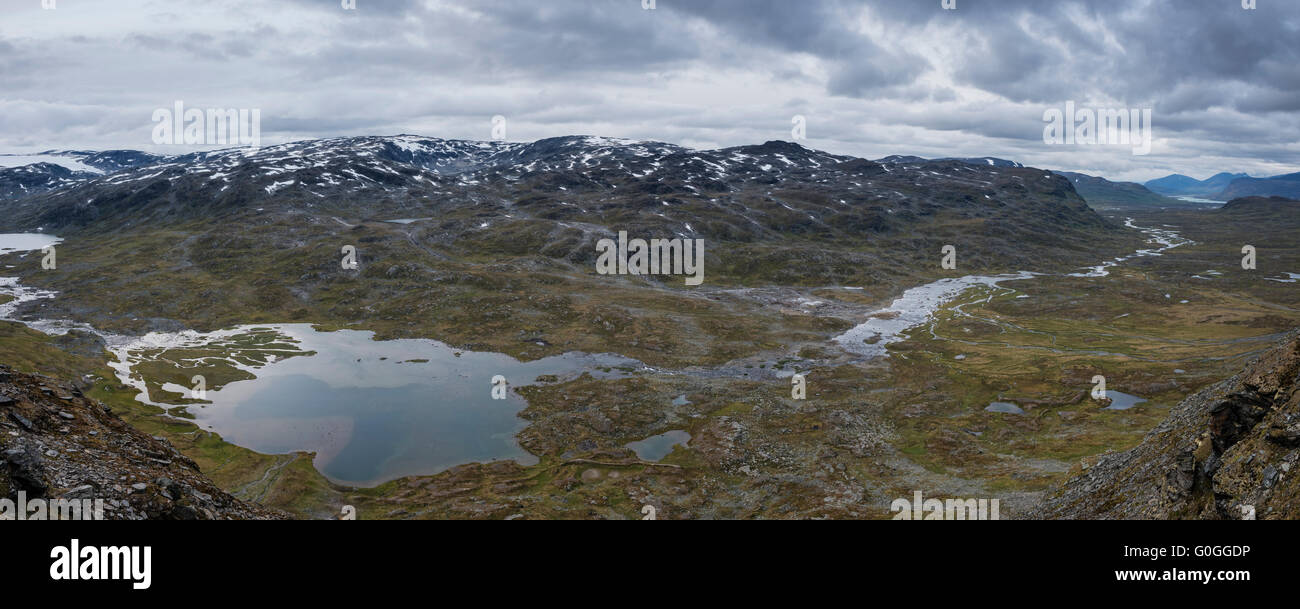 Panoramic view over spectacular Alisvaggi from mountain viewpoint near Tjäktja hut, Kungsleden trail, Lapland, - Stock Image