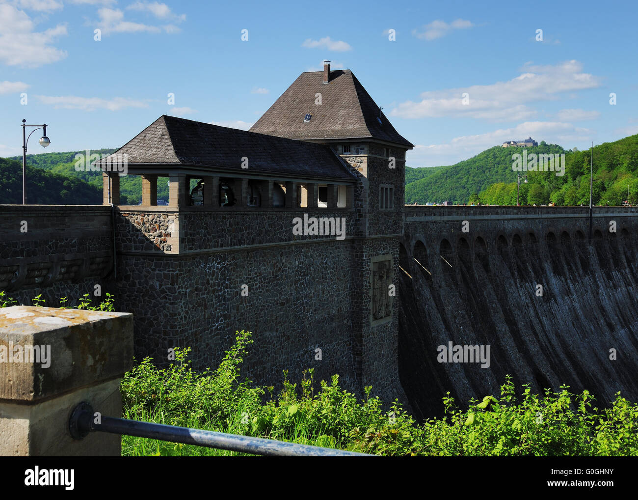Dam of the ederlake with Castle Waldeck - Stock Image