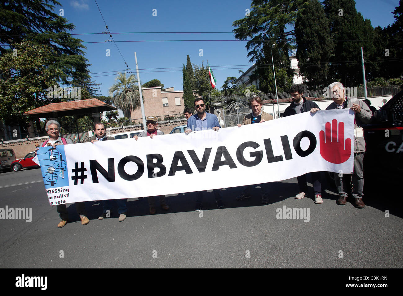 Rome, Italy. 2nd May, 2016. Banner No gag Rome 02nd May 2016. Marathon of sit-ins in front of the Iranian, Egyptian - Stock Image