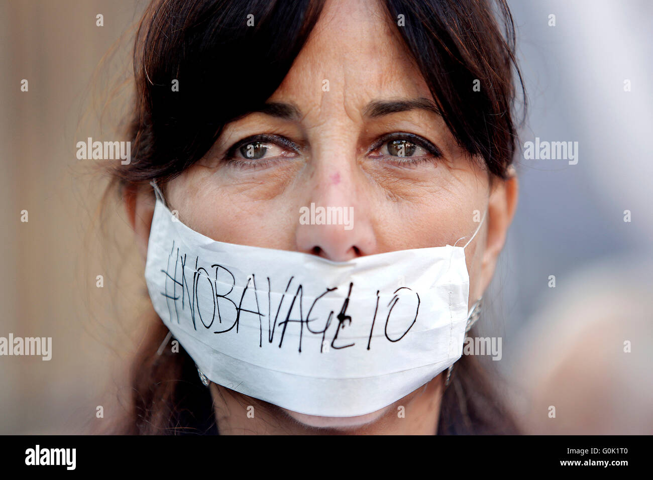 Rome, Italy. 2nd May, 2016. Journalist Anna Scalfati gagged Rome 02nd May 2016. Marathon of sit-ins in front of - Stock Image