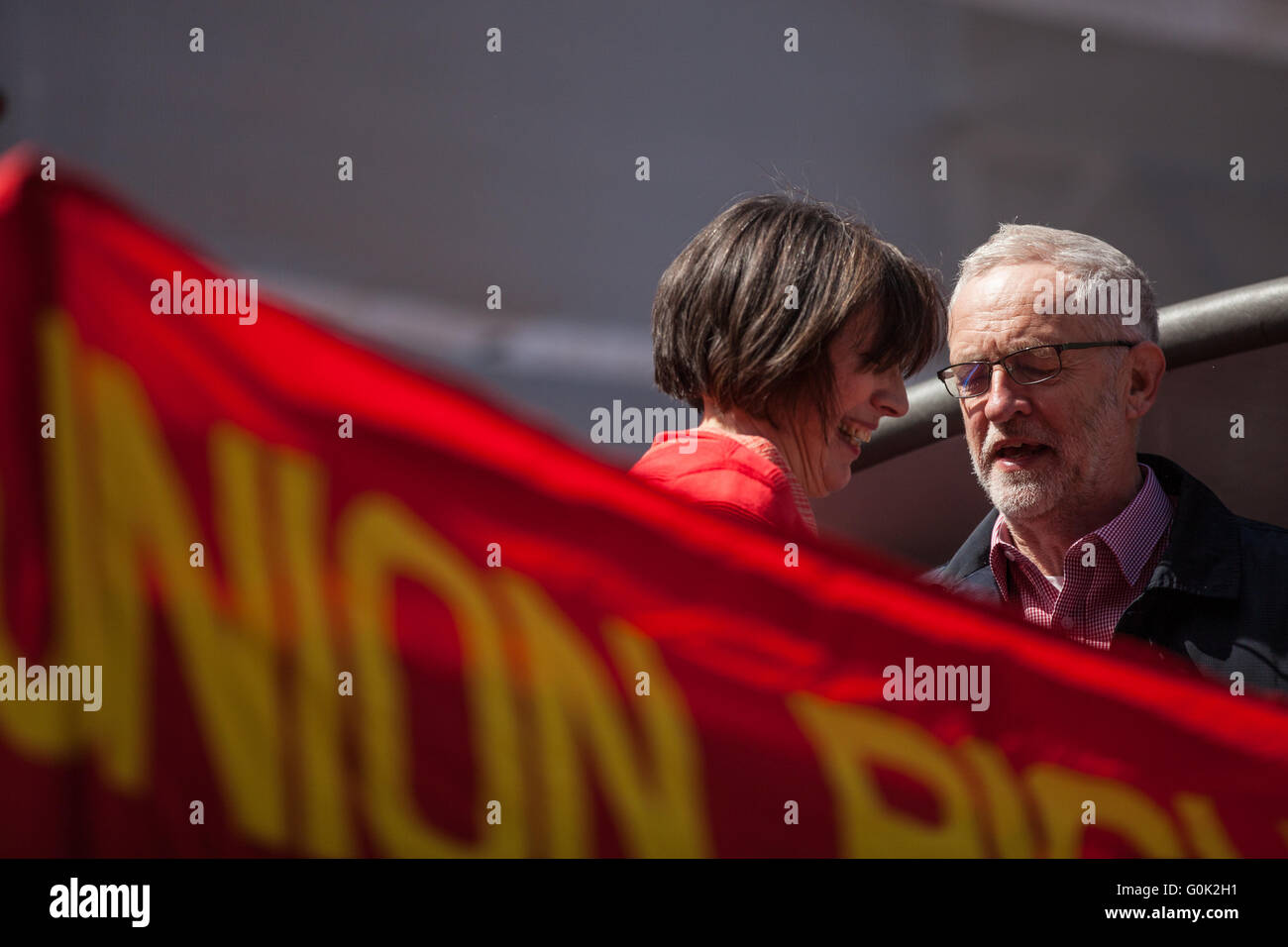 London, UK. 1st May, 2016. Jeremy Corbyn MP, Leader of the Opposition, with Frances O'Grady, General Secretary - Stock Image