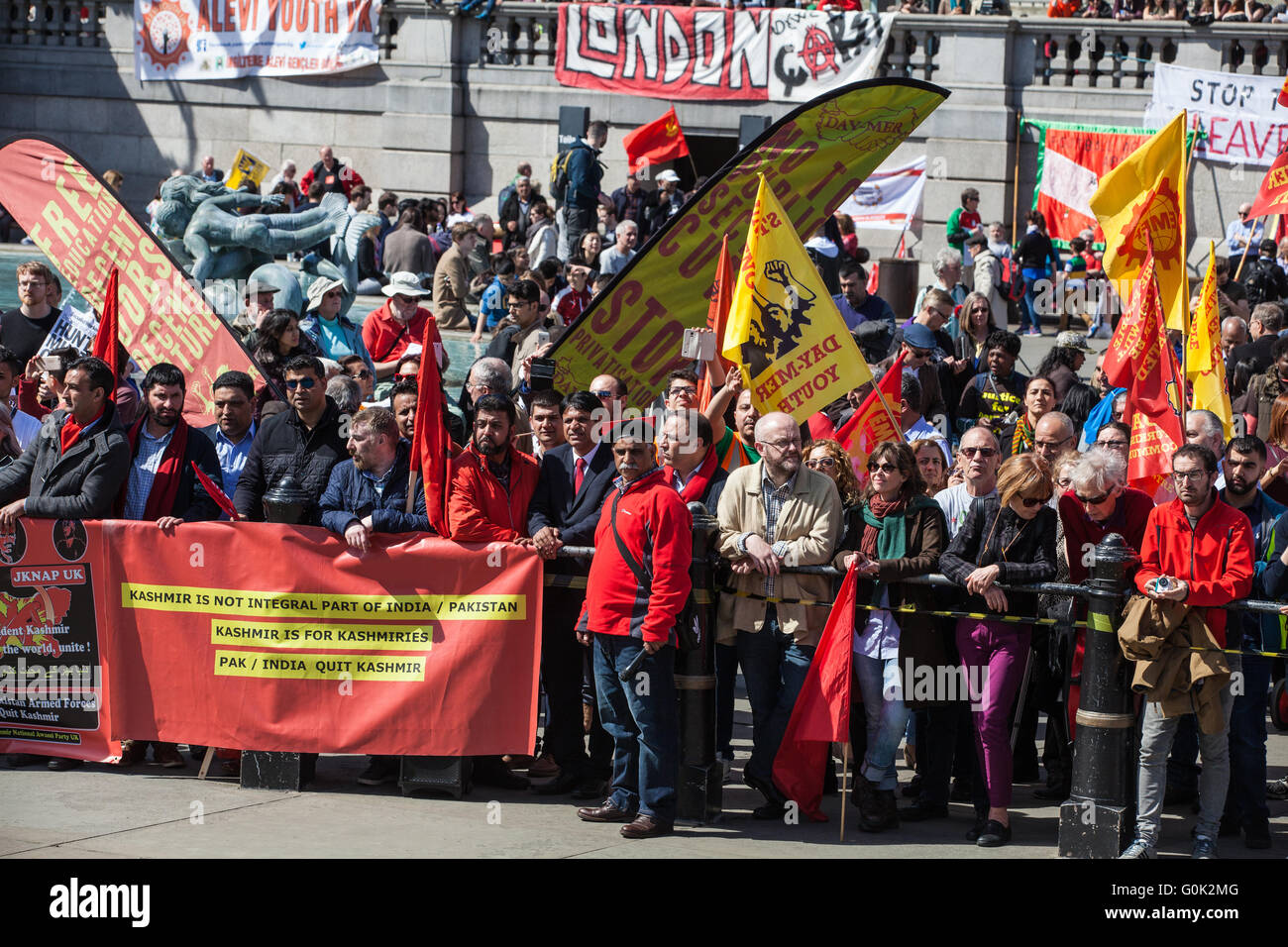 London, UK. 1st May, 2016. Marchers assemble for the May Day rally in Trafalgar Square. Credit:  Mark Kerrison/Alamy Stock Photo