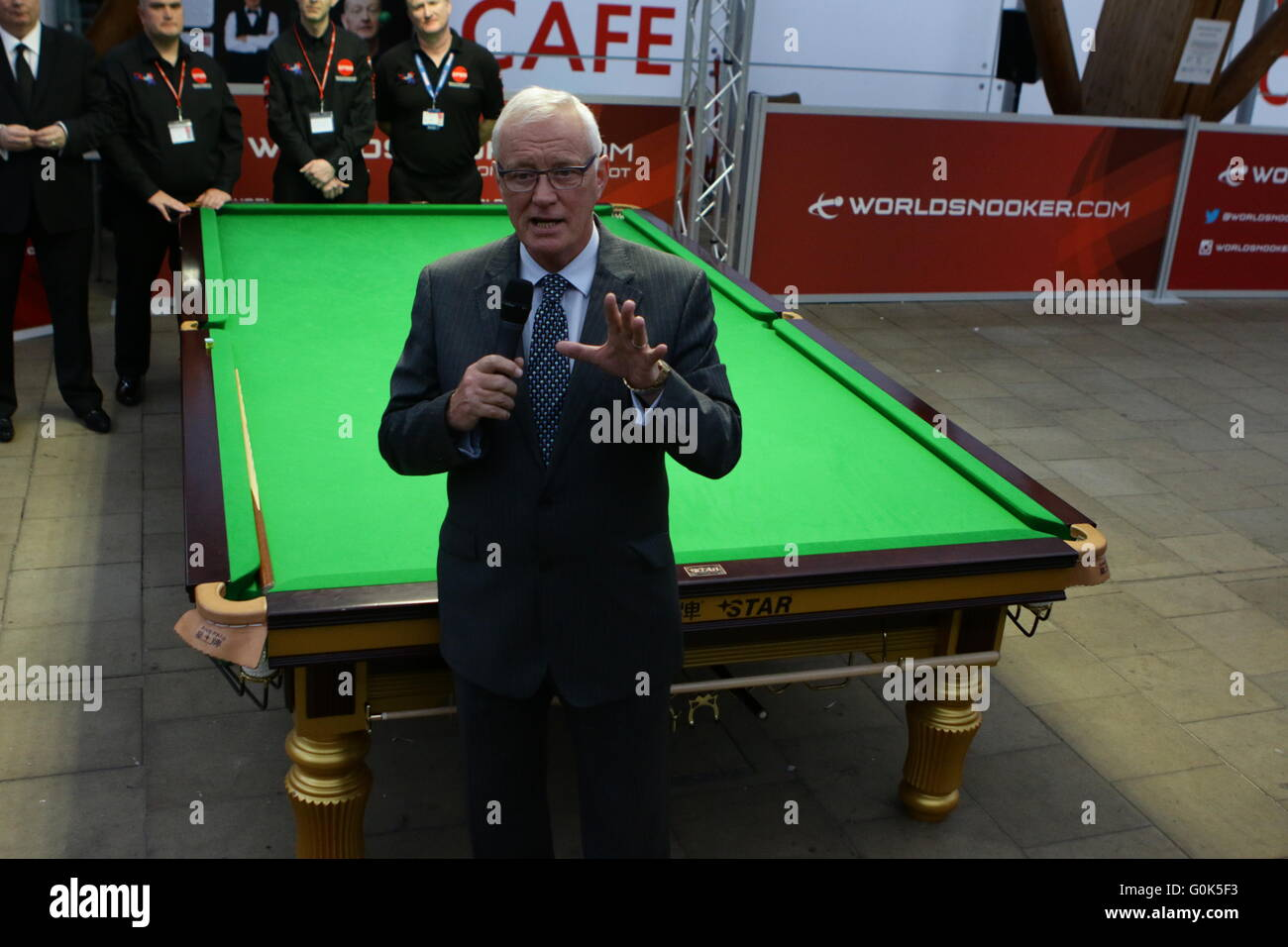 02.05.2016: World Snooker and Sheffield City Council have agreed a momentous deal to keep the sport's biggest Stock Photo