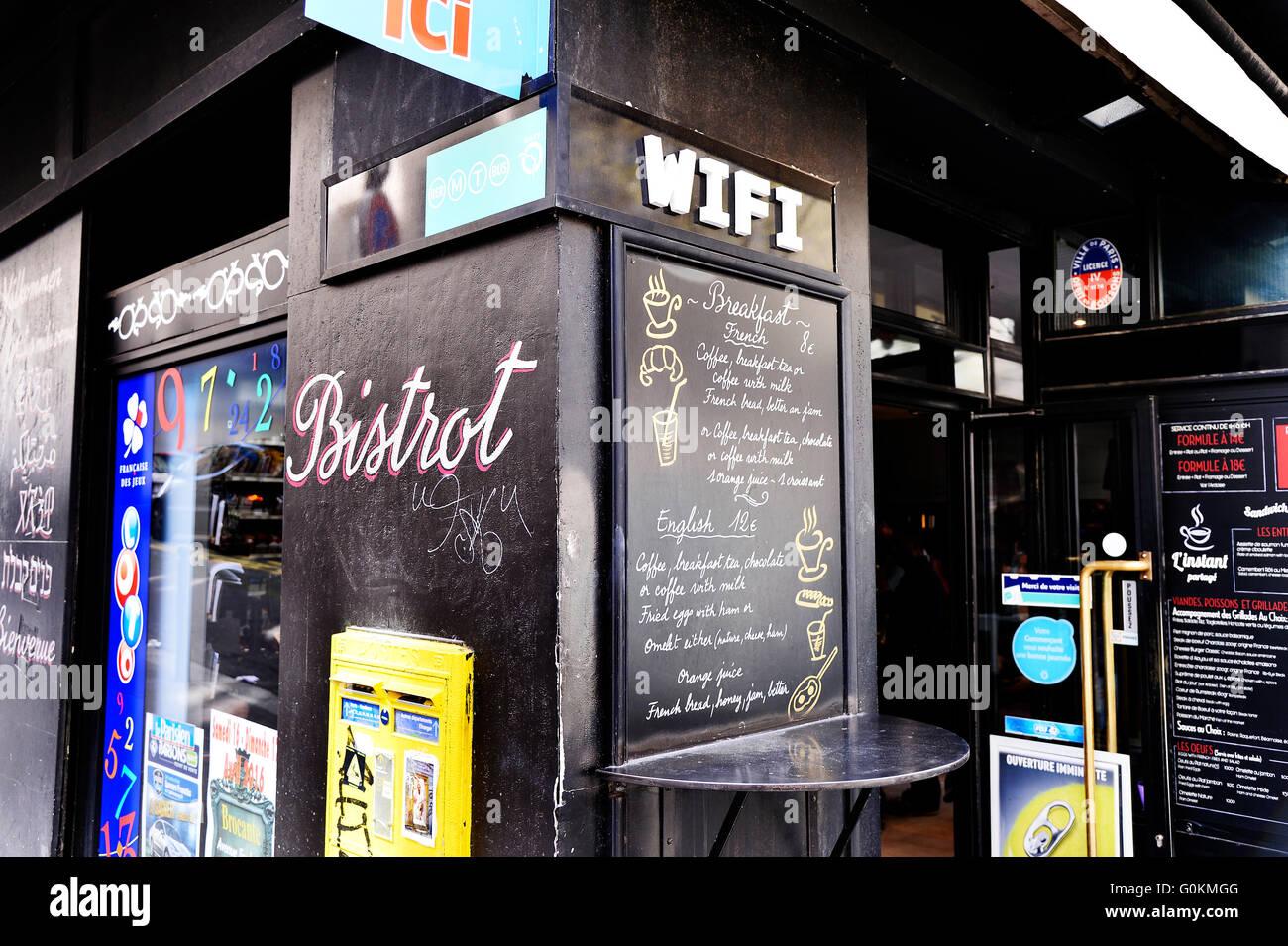 Bistrot in Paris - Stock Image