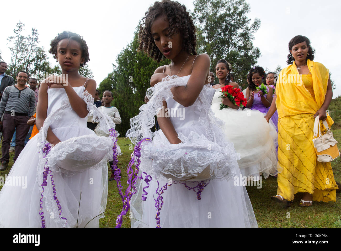 Gibi village, Gurage, Ethiopia, 6th October 2013 Bridesmaids at a wedding -  today is auspicious for marriages. - Stock Image
