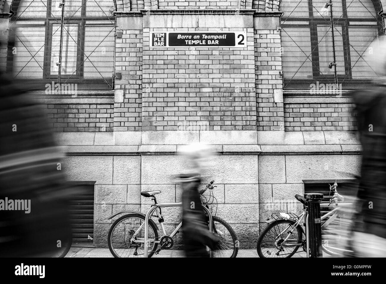 Temple Bar sign with the name of the street. Black and white - Stock Image