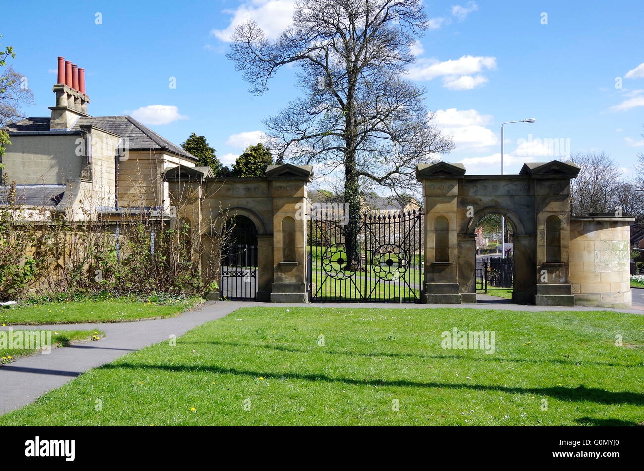 Gate house of Gledhow Grove, Greek Revival Mansion - Stock Image