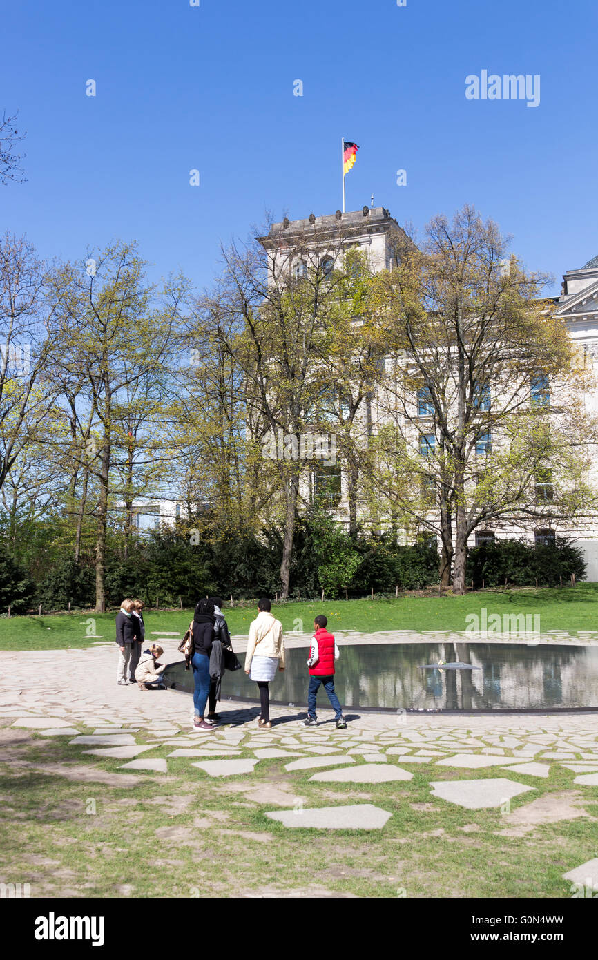 Memorial to the Sinti and Roma Victims of National Socialism Berlin 2016 Stock Photo