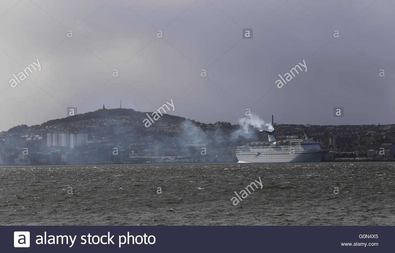 CMV cruise ship Magellan departing Dundee Scotland  25th April 2016 - Stock Image