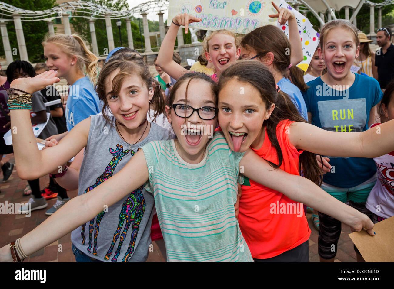 Asheville, North Carolina - Public school students from Isaac Dickson Elementary School. - Stock Image