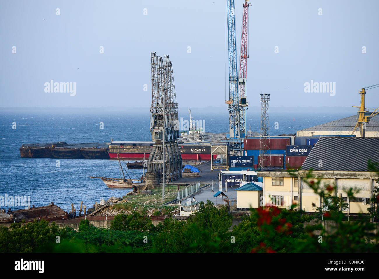 TANZANIA Tanga, sea port at indian ocean Stock Photo - Alamy