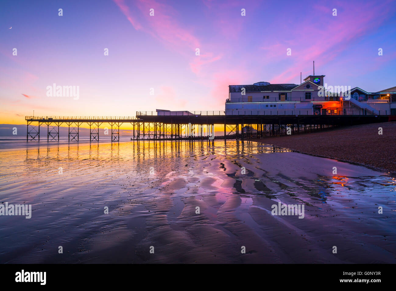 Wildlife Pictures From Bognor Regis To South Africa Are: Bognor Regis Pier Stock Photo: 103744475