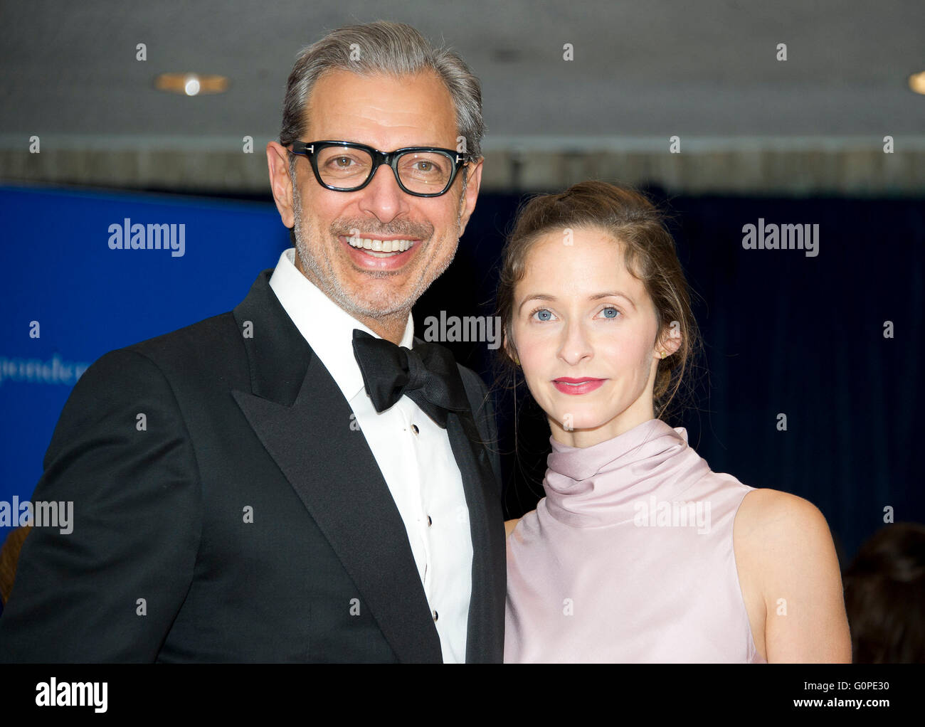 Actor Jeff Goldblum, left, and Emilie Livingston arrive for the 2016 White House Correspondents Association Annual - Stock Image