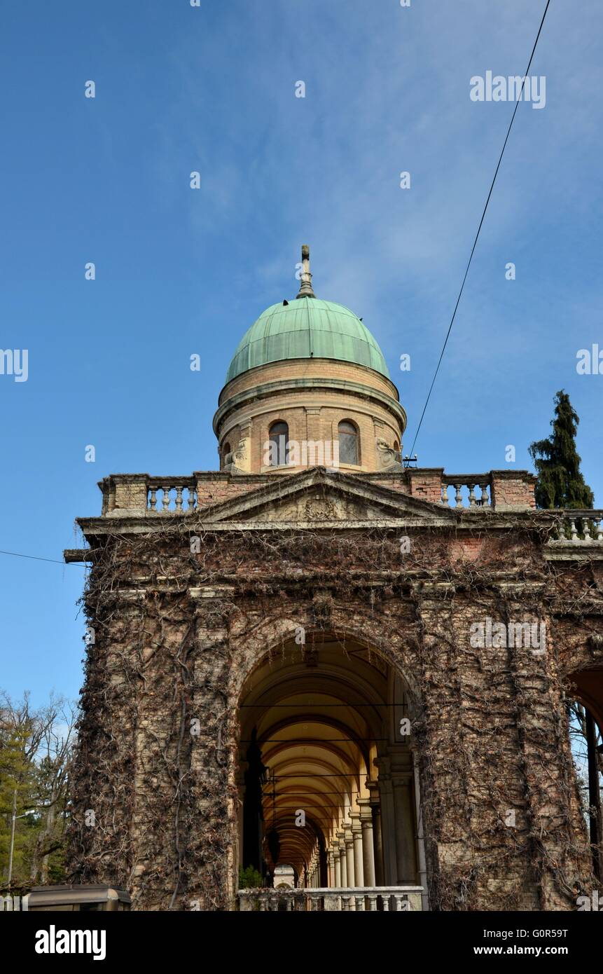 One entrance hallway with vines and dome of Mirogoj Cemetery park Zagreb Croatia - Stock Image