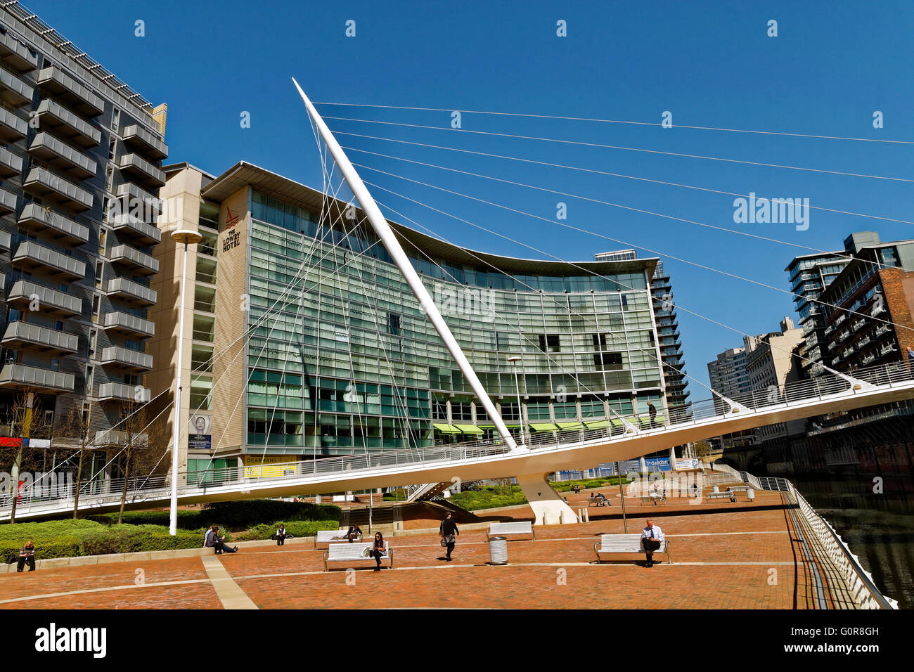 The Lowry Hotel and Trinity Bridge over the River Irwell, City of Salford, Greater Manchester, England - Stock Image