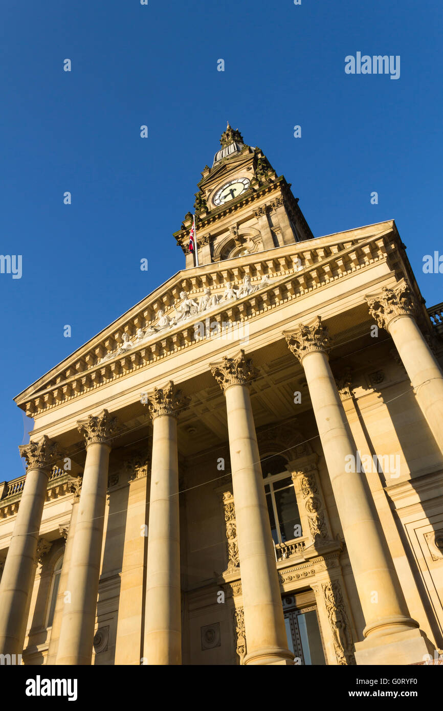 Bolton town hall bathed in autumn morning sunshine. The grade II* listed building is in the neoclassical style. - Stock Image