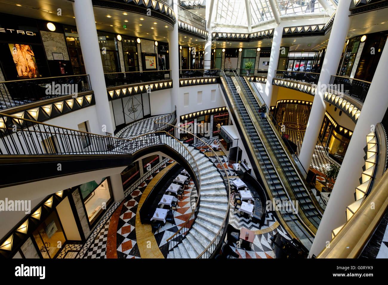 Interior of upmarket Quartier 206 shopping mall in Berlin - Stock Image