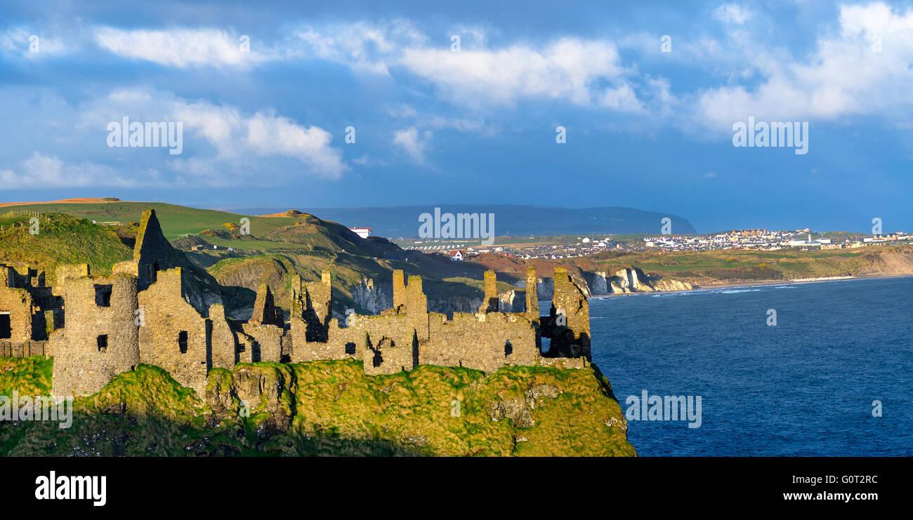 Dunluce Castle, Co. Antrim, Northern Ireland. - Stock Image